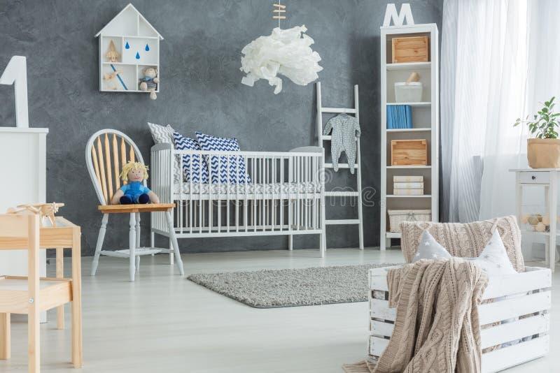 De creatieve slaapkamer van de stijlbaby royalty-vrije stock afbeelding