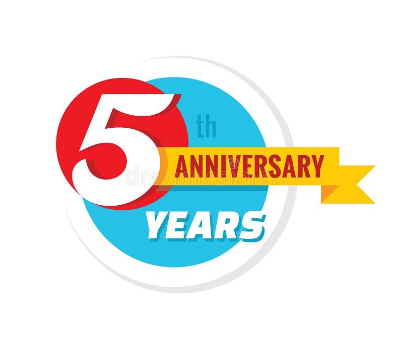 De creatieve verjaardag van de embleem 5de jaren Het element van het het kentekenontwerp van het vijf malplaatjeembleem Abstracte vector illustratie