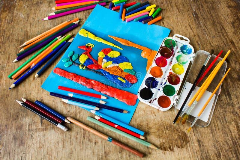 De creativiteit van kinderen op de lijst royalty-vrije stock foto