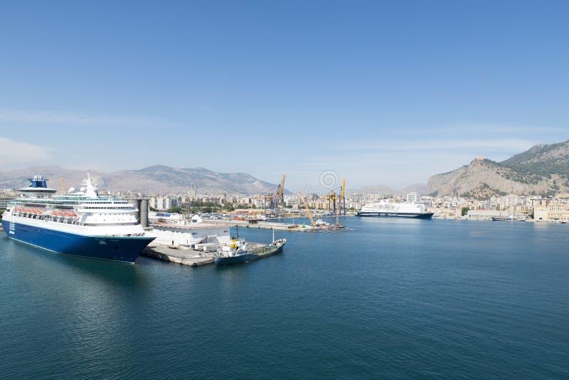 De cruisehaven van Palermo royalty-vrije stock foto's