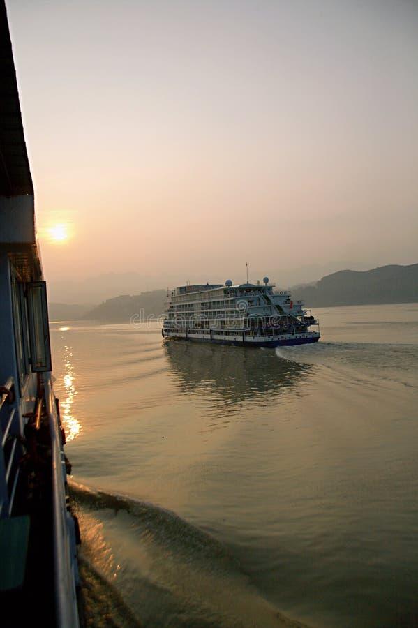 De Cruises van de Yangtzerivier stock afbeelding