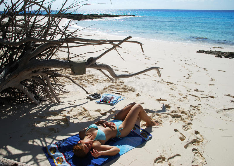 De Dag van het strand in de Bahamas stock foto's