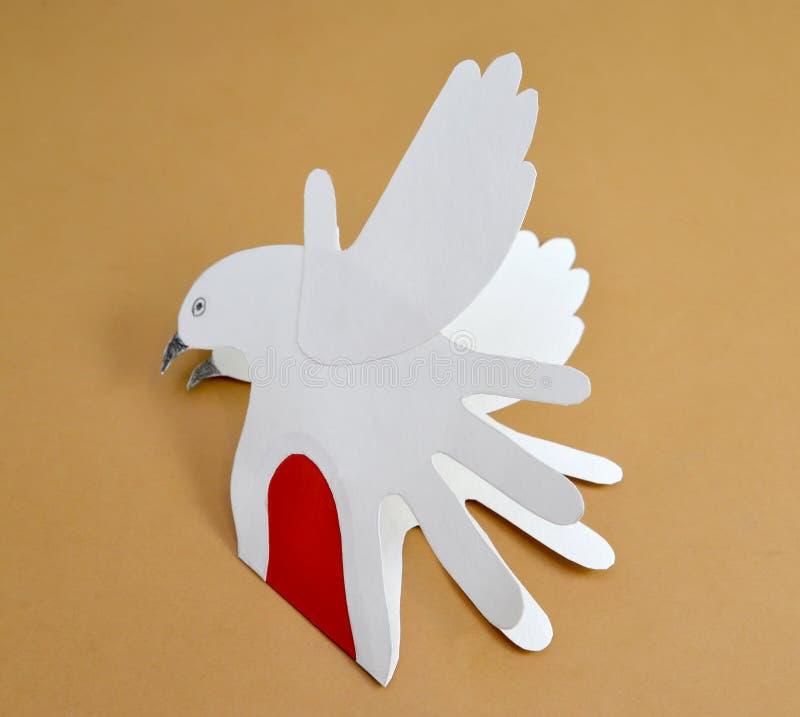 De de Dagkaart wordt van Valentine ` s van de giftkaart gezet met duiven in de helft stock afbeelding