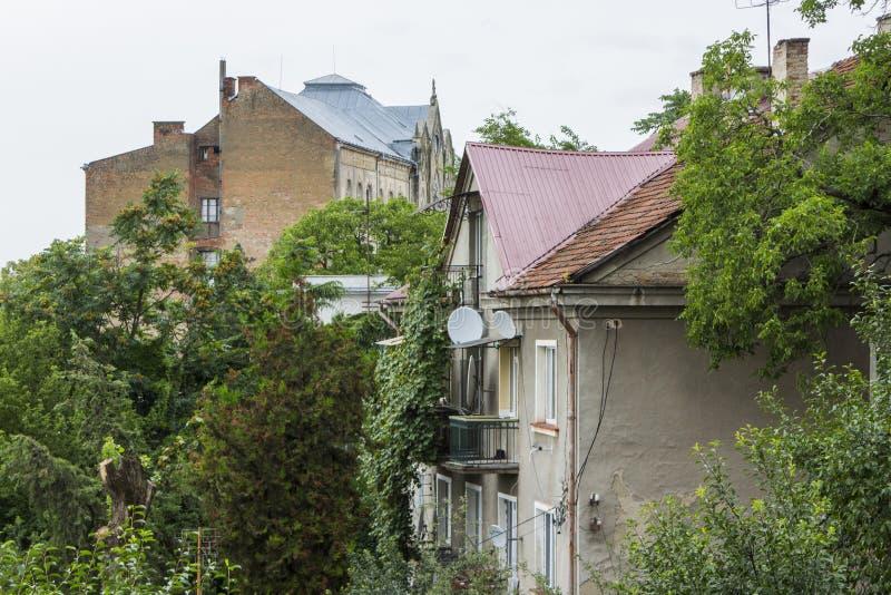 De daken van de Oude Stad van Uzhhorod ukraine royalty-vrije stock afbeelding