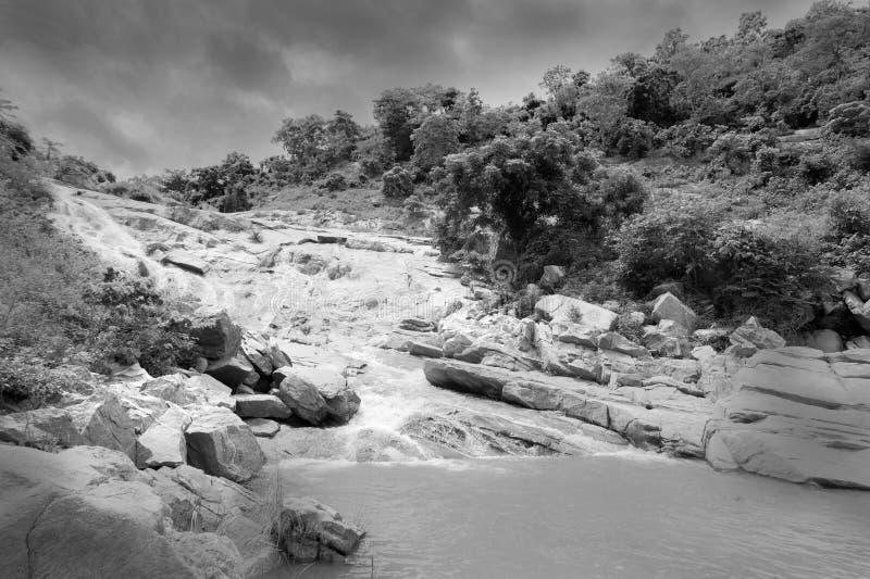 De daling van het Ghatkholawater, Purulia, West-Bengalen - India royalty-vrije stock foto's