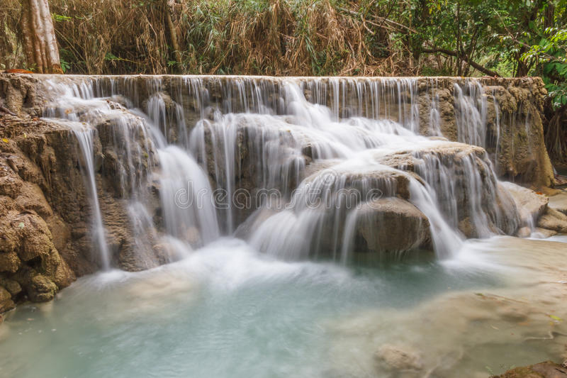 De Daling van het Kouangxiwater van louangprabang royalty-vrije stock foto