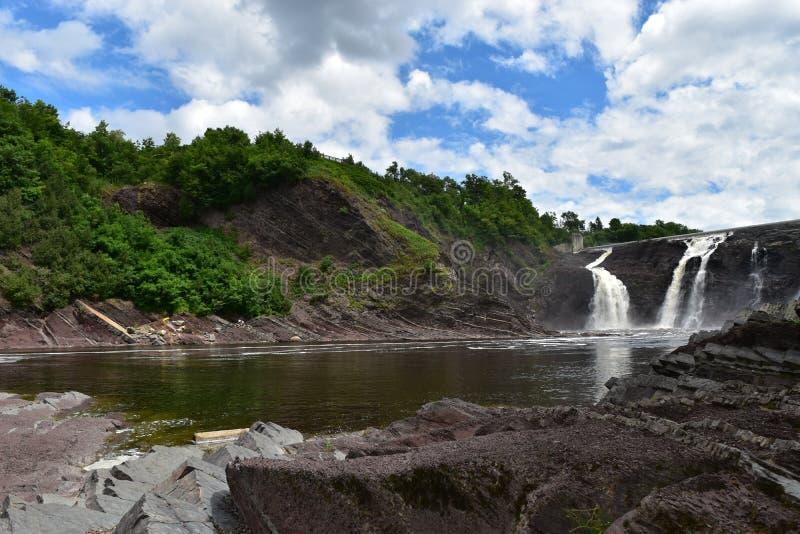 De daling van het de rivierwater van La Chaudiere stock afbeeldingen