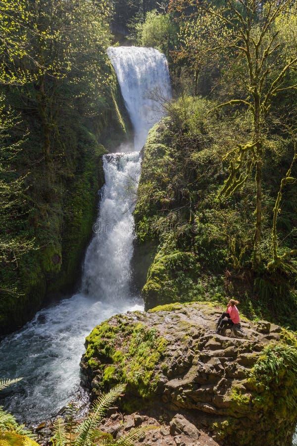 De Dalingen van de bruidssluier, Oregon stock afbeelding