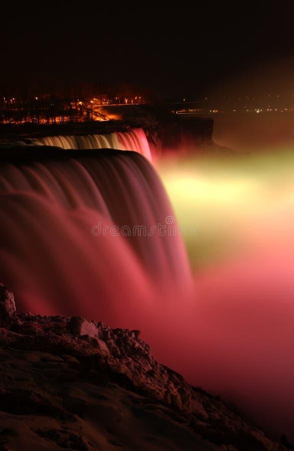 De dalingen van Niagara bij nacht royalty-vrije stock foto's