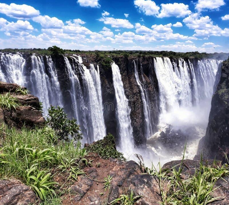 Download De dalingen van Viktoria stock afbeelding. Afbeelding bestaande uit watervallen - 107708723