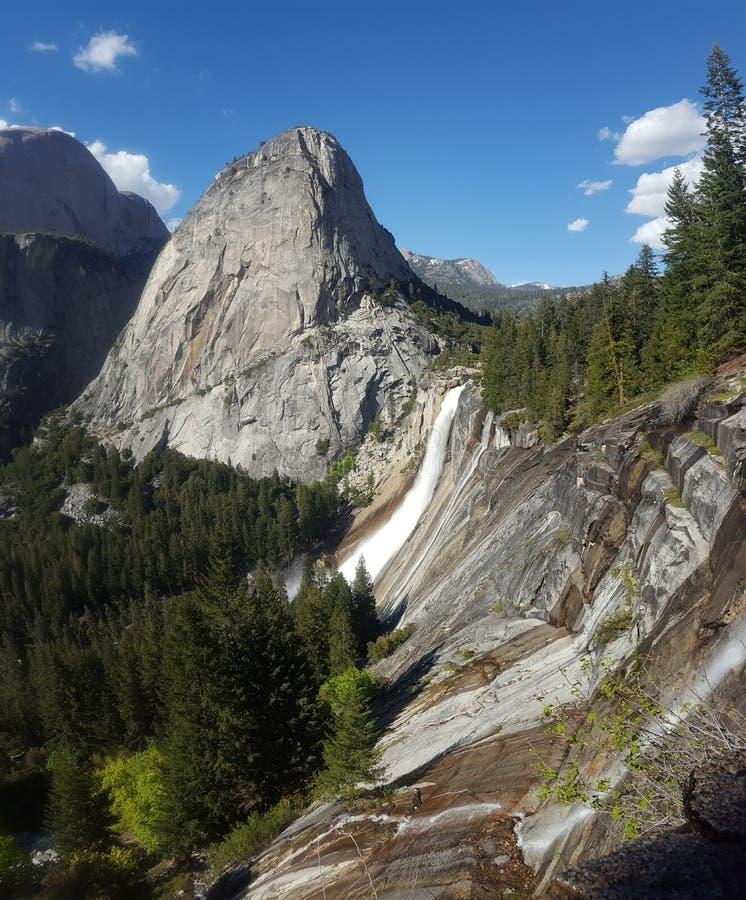 De Dalingen van Yosemite van de lente royalty-vrije stock afbeelding