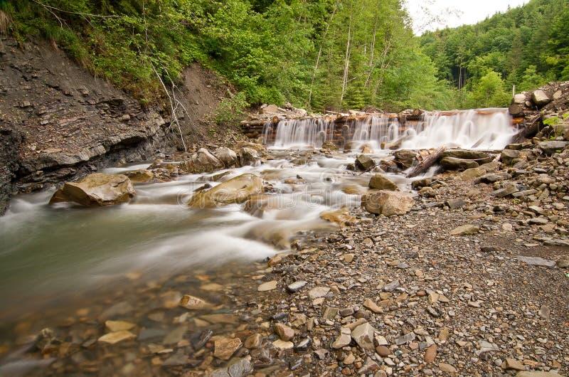 De dam van de berg stock foto's