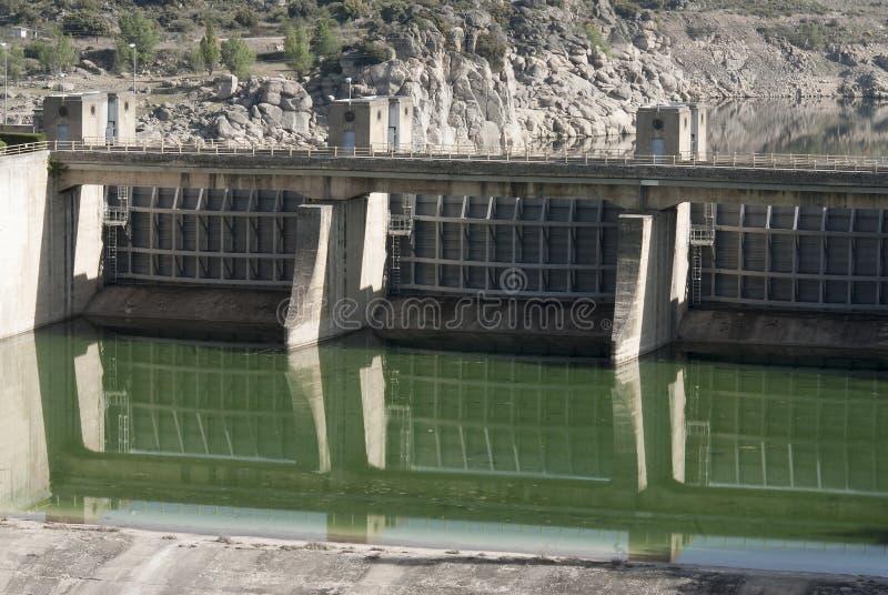 De dam van de Taintordeur detaill De dam Zamora Spanje van de Eslarivier stock afbeelding