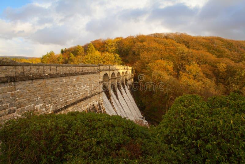 de dam van het burratorreservoir, dartmoor Devon royalty-vrije stock fotografie