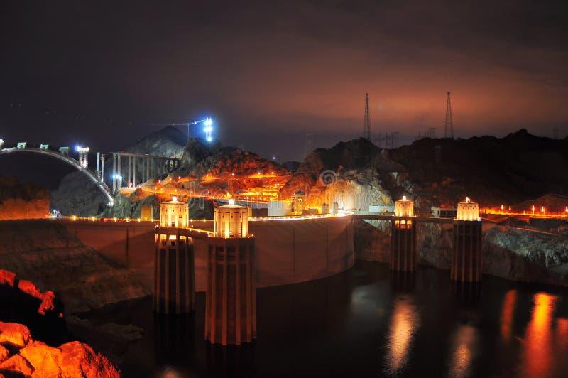 De dam van Hoover - Nightview stock fotografie