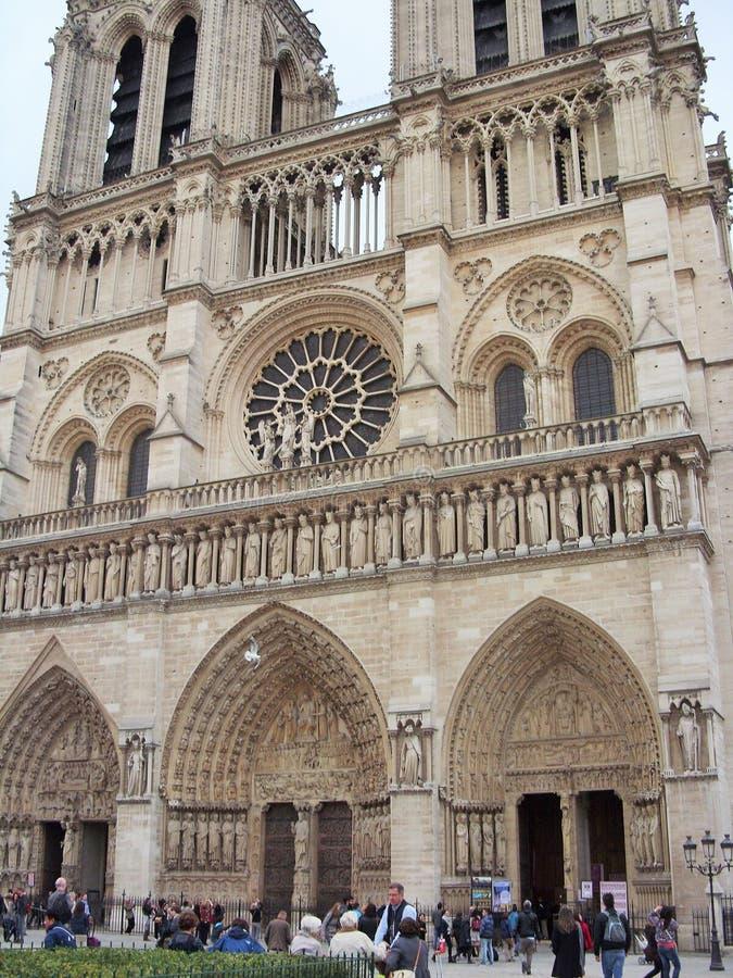 De dame van Notre in Parijs stock afbeelding