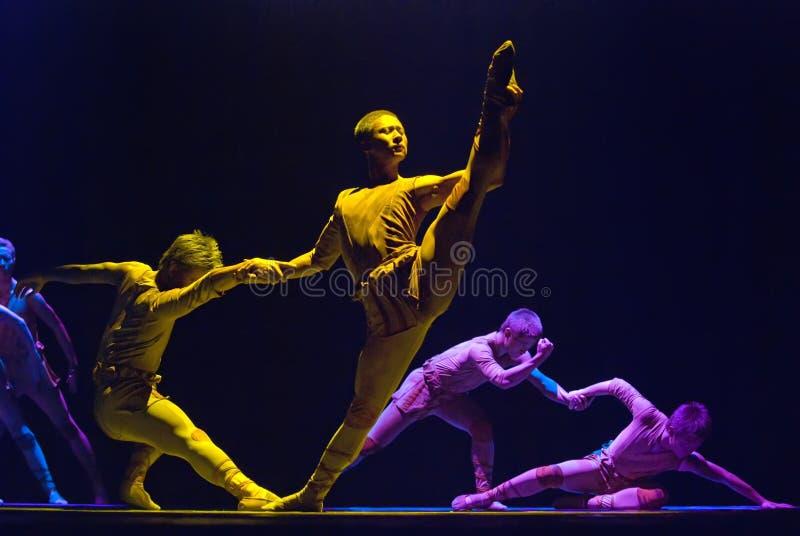 De dans van de groep toont   royalty-vrije stock afbeelding
