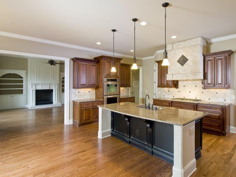 De de Binnenlandse Keuken en Woonkamer van het Huis van de luxe stock afbeeldingen