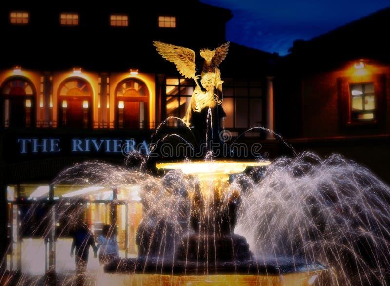 De de Fontein en Engel van Riviera stock afbeeldingen