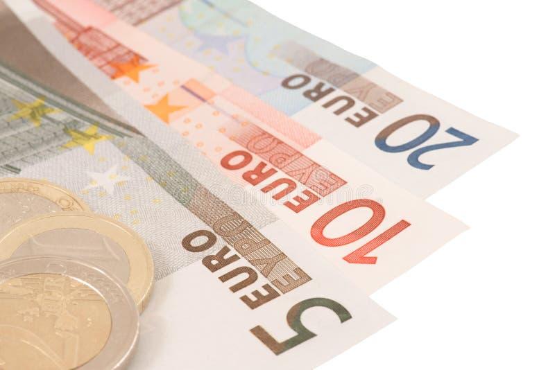 (De de geïsoleerdee) bankbiljetten en muntstukken van de euro royalty-vrije stock foto