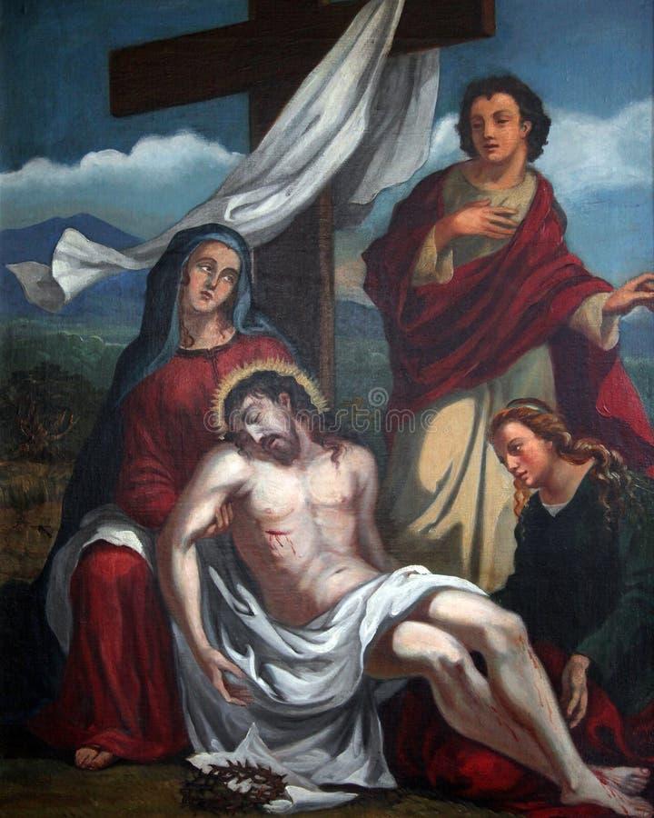 de 13de Posten van het Kruis, het lichaam van Jesus wordt ` verwijderd uit het kruis royalty-vrije stock foto's