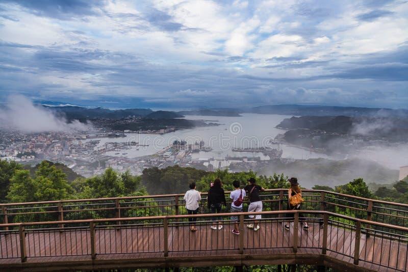 De de stadsmening van Sasebo van Yumihari overziet, Nagasaki, Japan stock fotografie
