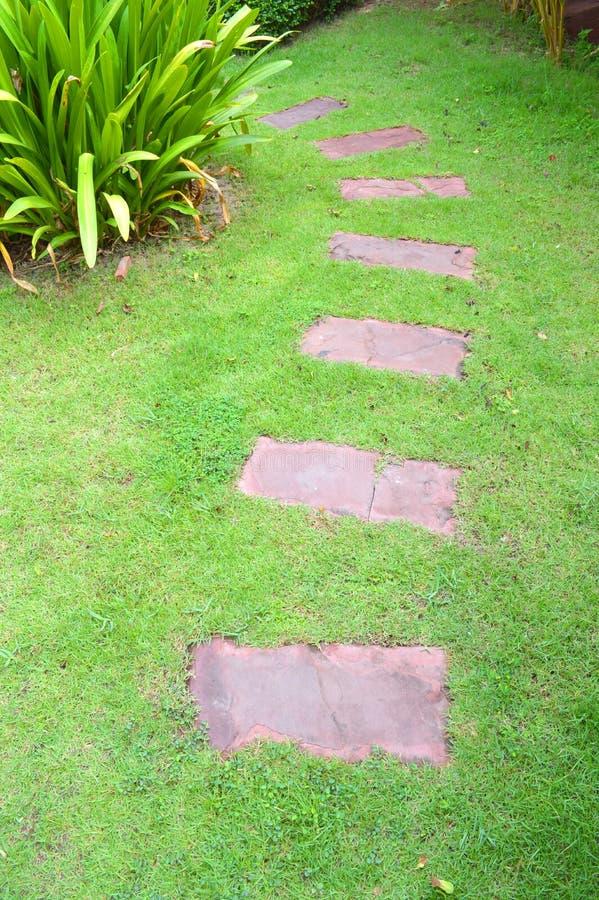 De decoratie van de tuin stock afbeelding afbeelding bestaande uit sier 76602763 - Decoratie van de villas ...