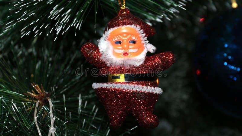 De decoratie van Kerstmis op de boom stock foto