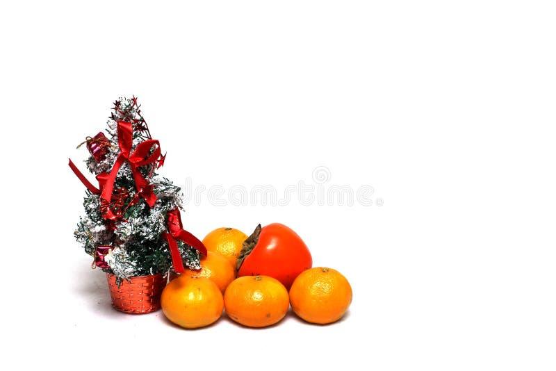 De decoratie van Kerstmis op een witte achtergrond royalty-vrije stock afbeelding