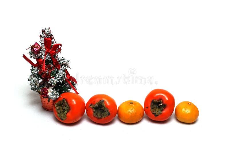 De decoratie van Kerstmis op een witte achtergrond stock afbeelding