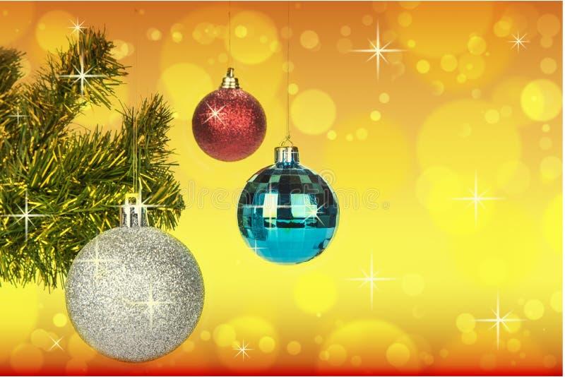 De decoratie van Kerstmisballen op abstracte bokehachtergrond royalty-vrije stock foto's