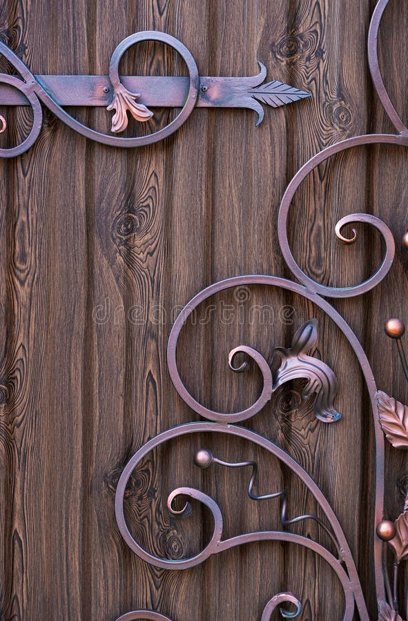 De decoratieve elementen smeedden met de hand gemaakte decoratieontwerpen stock fotografie