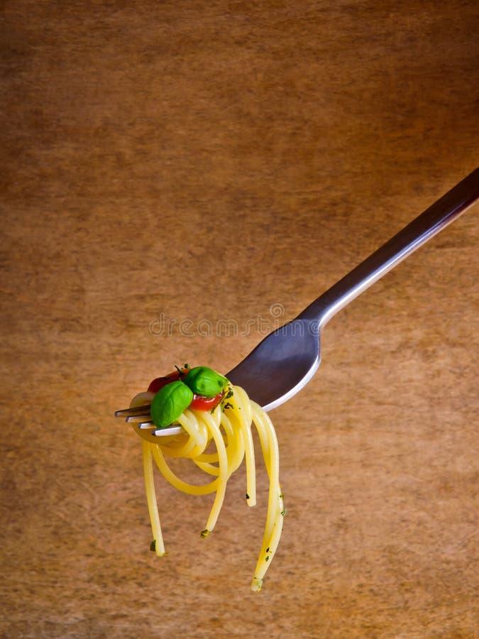 De deegwaren van de spaghetti op vork royalty-vrije stock foto