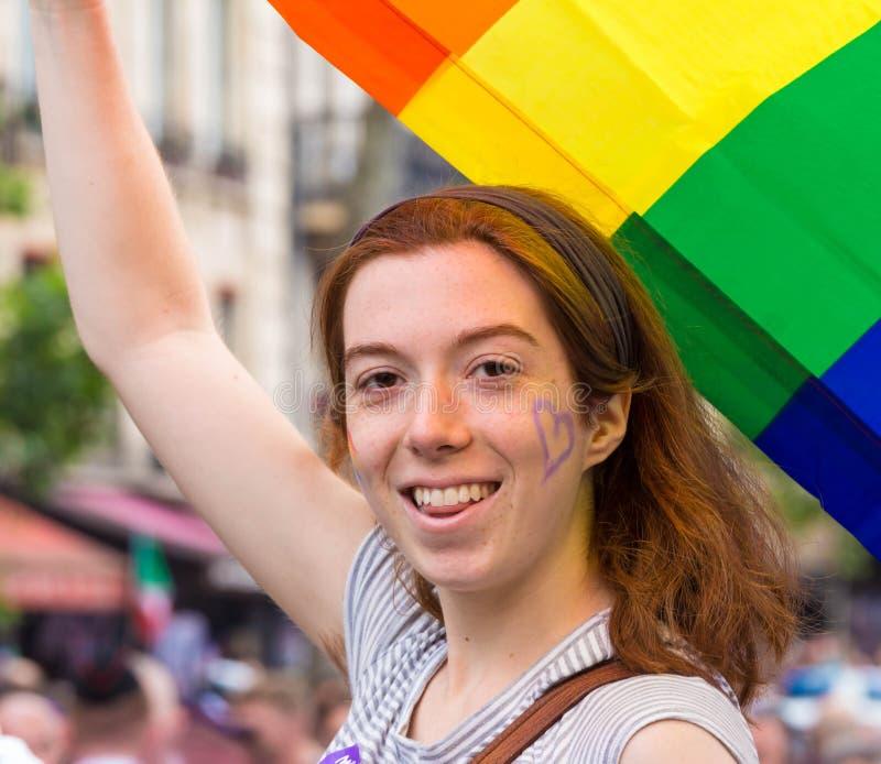 De deelnemer van Vrolijke trotsparade in Parijs, Frankrijk royalty-vrije stock fotografie