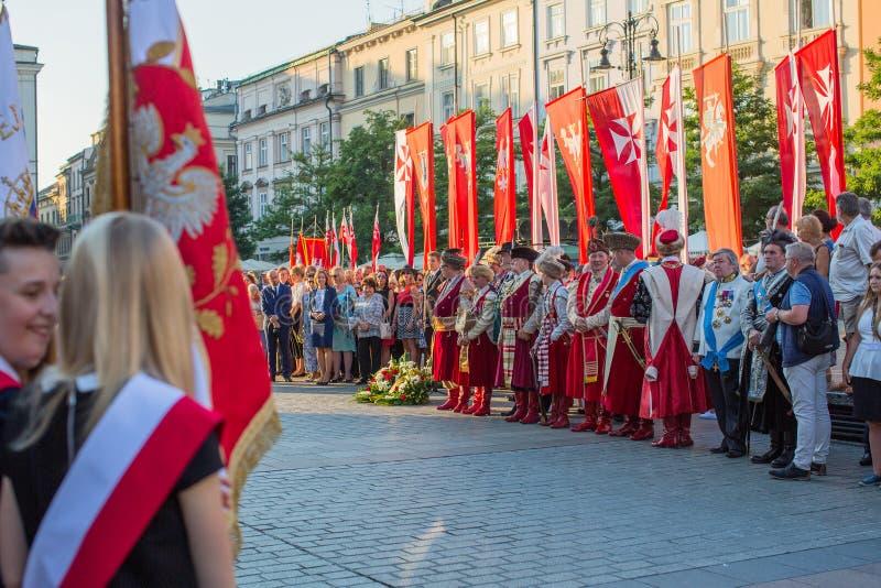 De deelnemers van ceremonie is de gelofte van eerste klassen van de III Middelbare school van Januari Sobieski stock foto