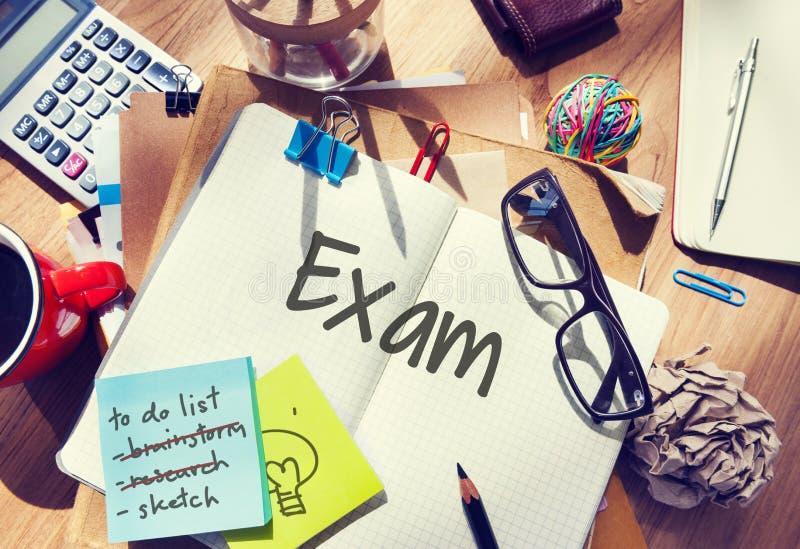 De definitieve de Testlezing van Examenresultaten boekt Woordenconcept stock foto
