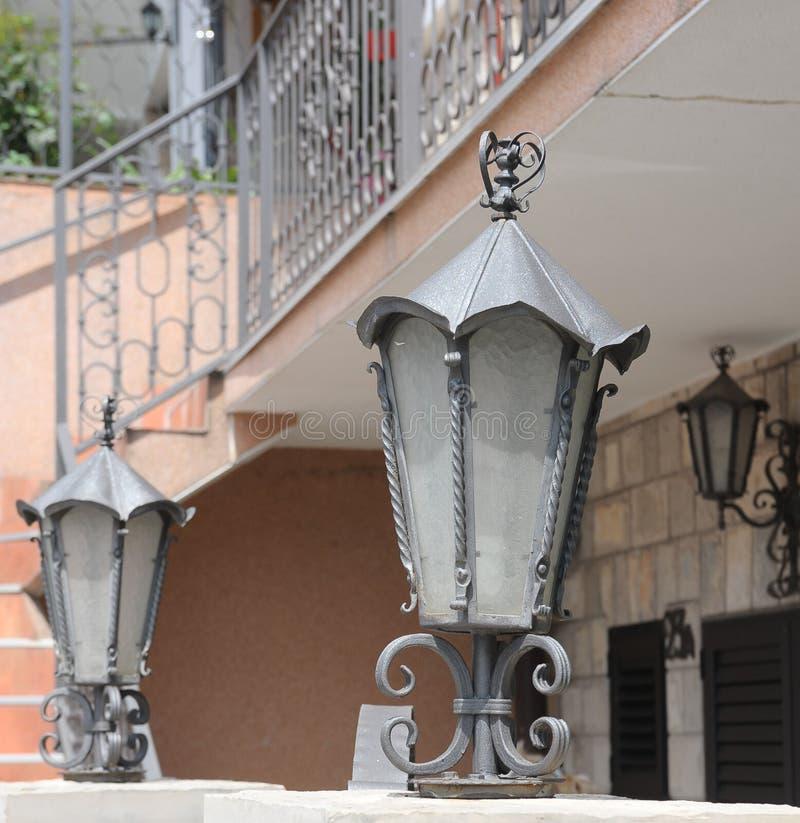 De details van architectuur zijn antieke, elektrische lichten royalty-vrije stock fotografie