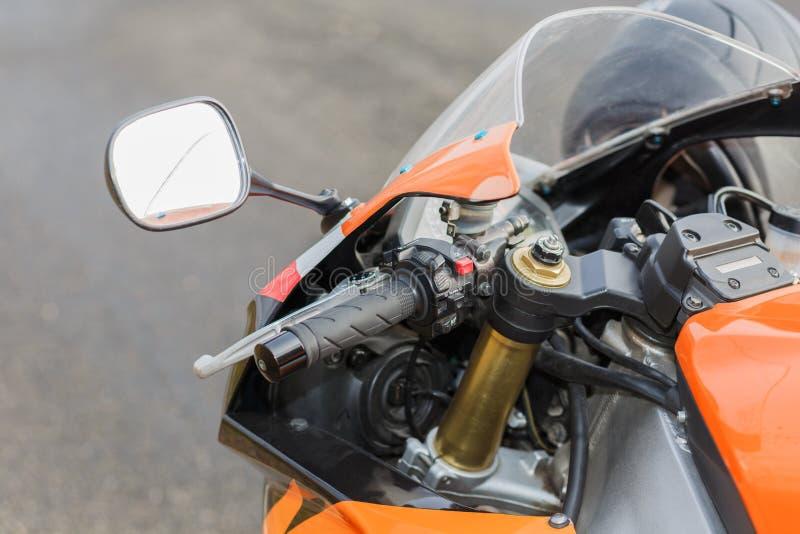 De details van de oranje fiets royalty-vrije stock afbeelding