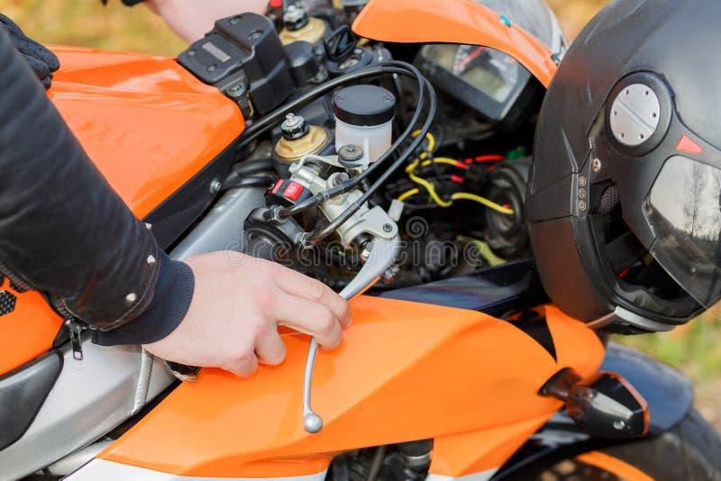 De details van de oranje fiets royalty-vrije stock foto