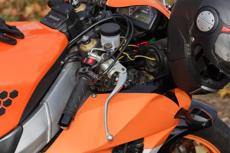 De details van de oranje fiets stock afbeelding