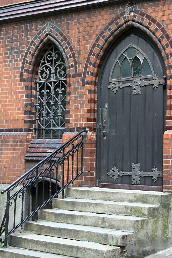 De deur aan de kerk royalty-vrije stock foto's