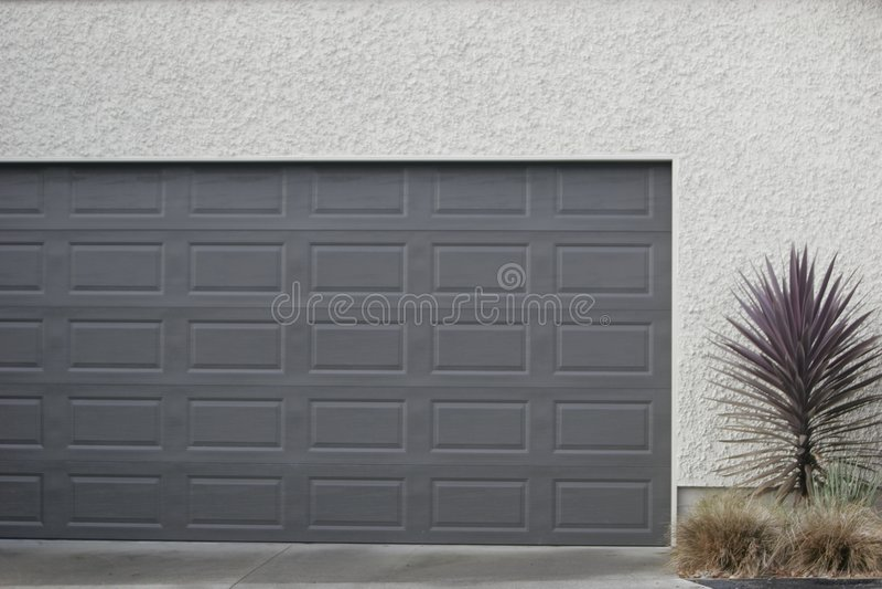 De deur van de garage royalty-vrije stock fotografie