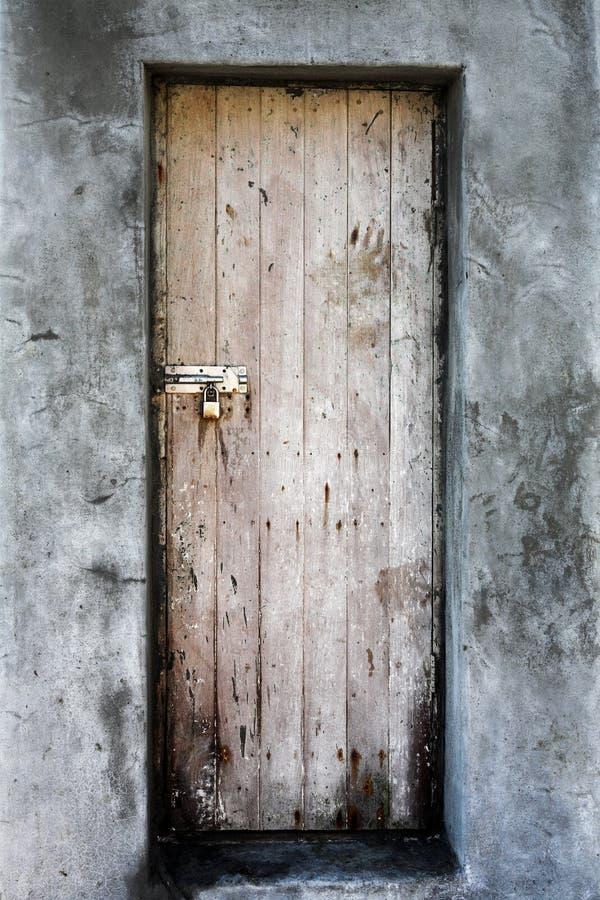 De deur van Grunge royalty-vrije stock fotografie