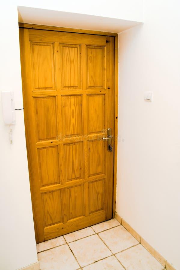 De deur van het blokhuis royalty-vrije stock afbeelding