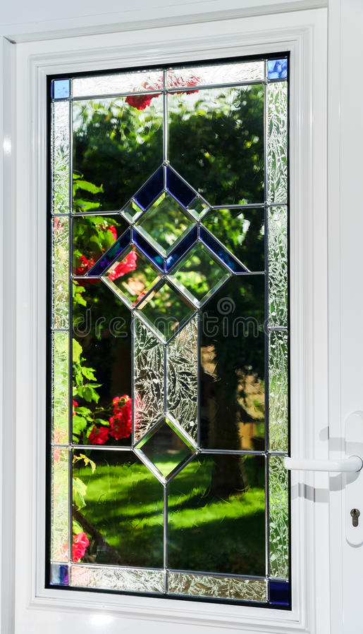 De deur van ingangspvc met tiffany leaded ruit royalty-vrije stock fotografie