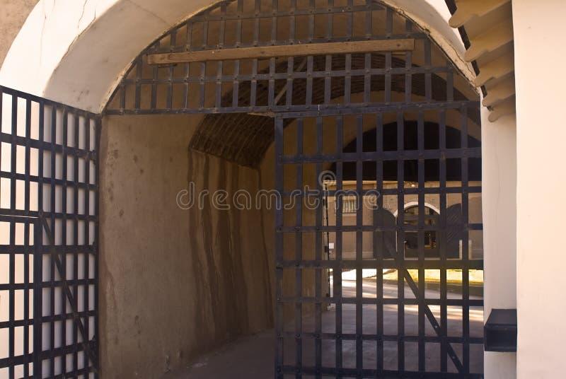 De Deuren van de gevangenis royalty-vrije stock afbeelding