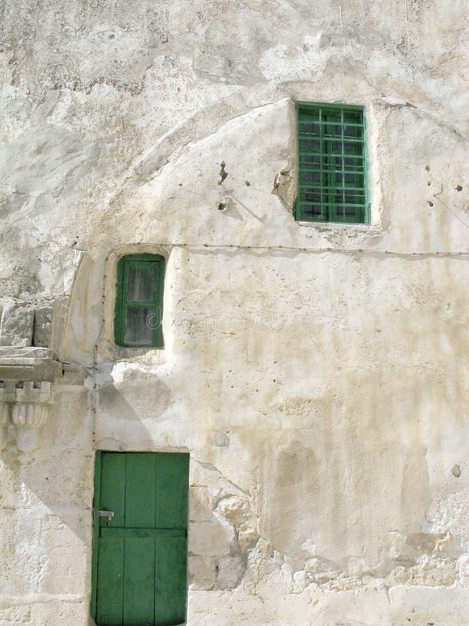 De deuren van de kerk in Jeruzalem stock afbeeldingen