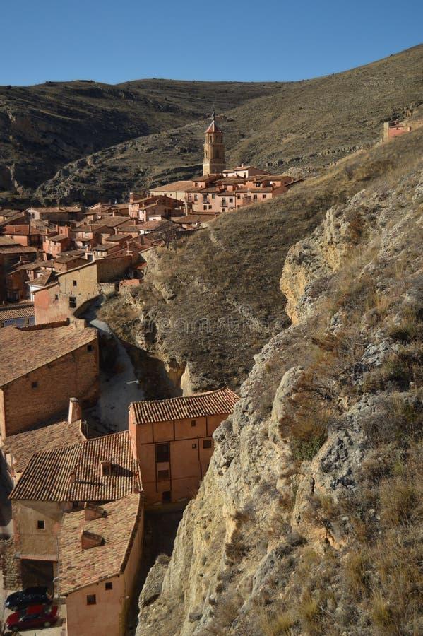 28 de diciembre de 2013 Albarracin, Teruel, Arag?n, Espa?a Opinión del pueblo de Albarracin del Alcazar Historia, viaje, naturale imagen de archivo