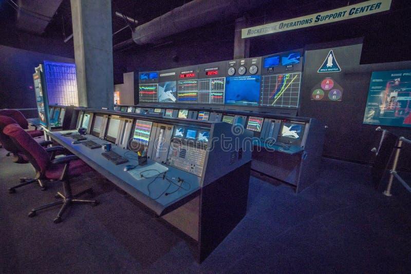 10 DE DICIEMBRE DE 2018 LOS ANGELES, CA, los E.E.U.U. - la misi?n del esfuerzo del transbordador espacial controla el centro de c fotografía de archivo