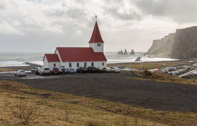 De dienst van de Goede Vrijdagkerk in Vik, IJsland stock afbeeldingen